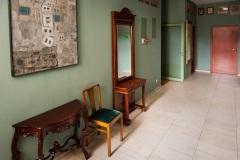 Hotel ALEF, lobby, restauracja, korytarze pełne są obrazów krakowskich artystów i nie tylko.